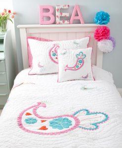 paisley_quilt_cushion_and_pillowcase_752x1024_