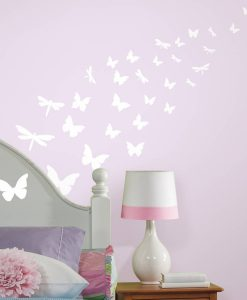 rmk1706scs_butterflies_and_dragonflies_glow_in_the_dark_wall_decals_roomset